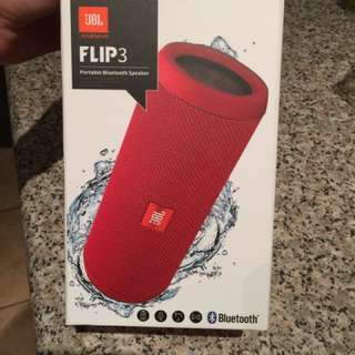 Brand new JBL FLIP 3 bluetooth Speaker