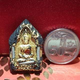 Thai Amulet Please Advise