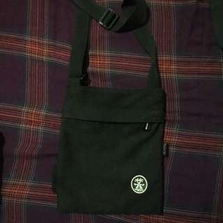 RUSH SALE! AUTH CRUMPLER BLACK SLING BAG! For MEN OR WOMEN! GREAT FOR TRAVELLING!