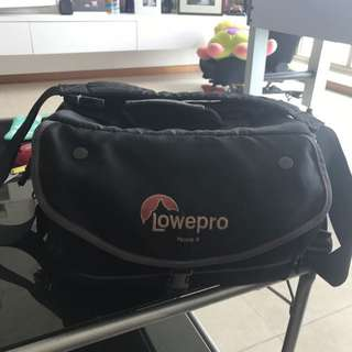 Clearance Sale! Lowepro Nova 4 Camera Bag