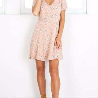 Blush/Pink Showpo casual floral dress