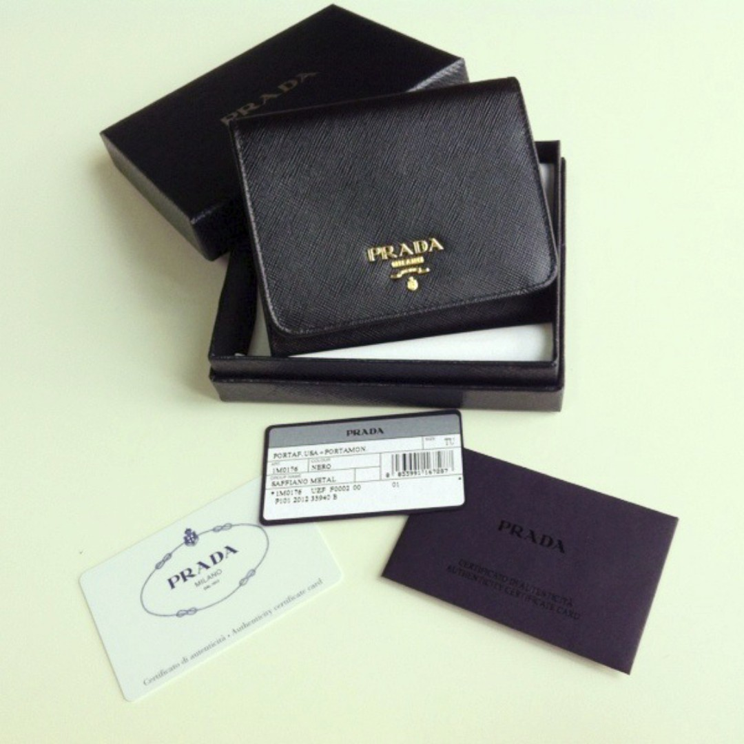 ffffff89f71466 1M0176 Prada Saffiano Tri-Fold Wallet, Women's Fashion, Bags ...