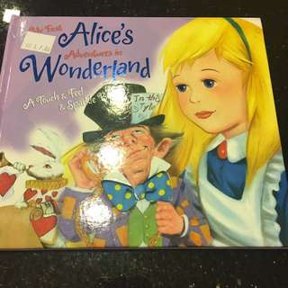 Alice in Wonderland Touch and Feel Sparkle Book