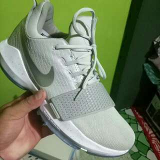 Paul George Basketball Shoes Pg1