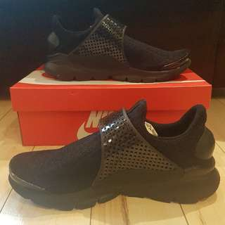 Brand New Triple Black Sock Darts