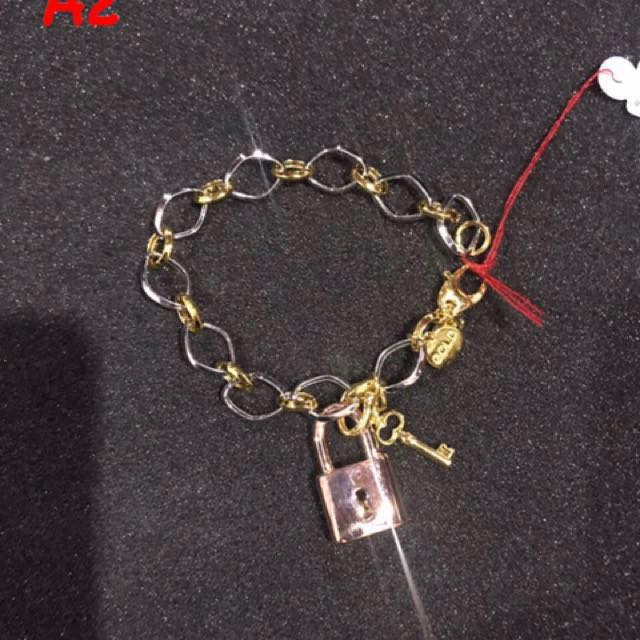 A2 Bracelet for sale 11.1 grams 14k