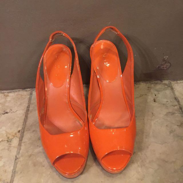 ALDO orange leather pumps