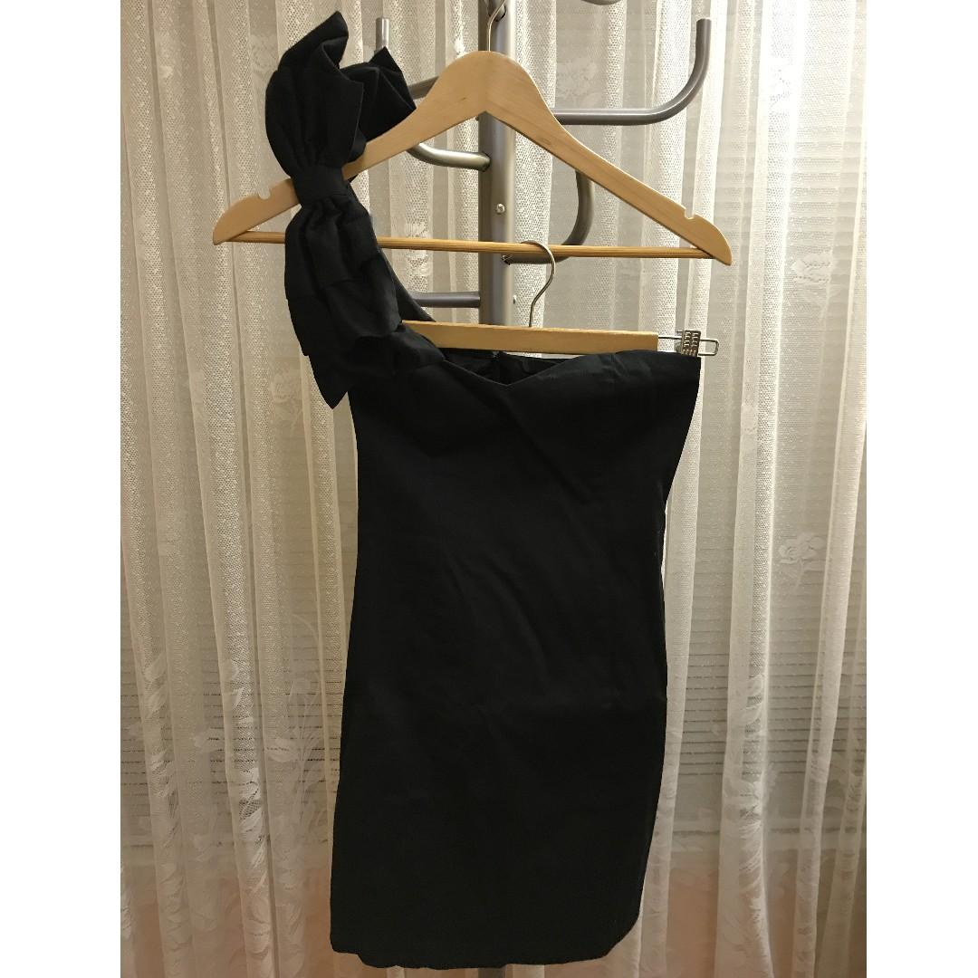 Bardot one shoulder black dress size 8