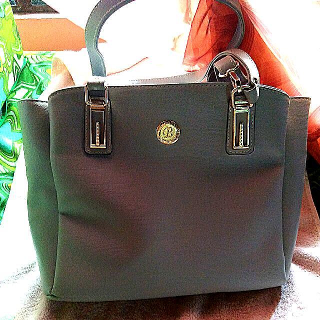 Belladonna Shoulder/ Body Bag