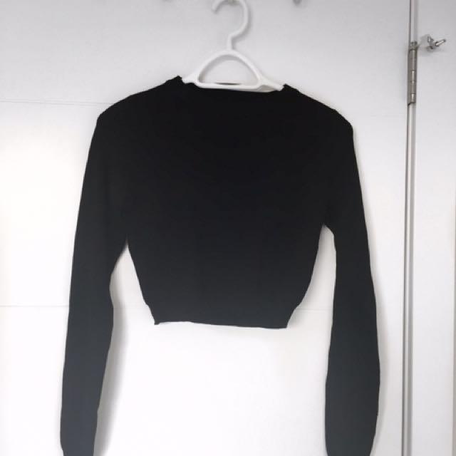 Black light knit crop top