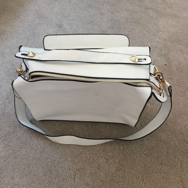 Boohoo Bella Structured Box Day Bag