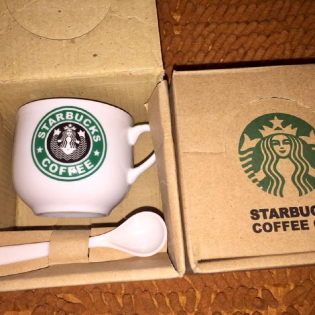 Cangkir Starbucks
