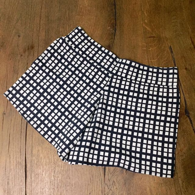 Checkered Blue-White Shorts