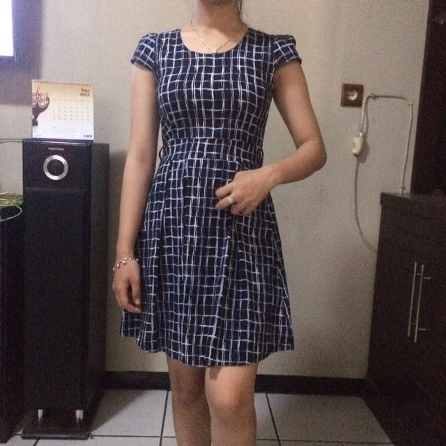 Dress Kotakkotak
