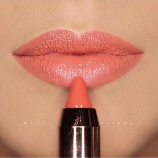 ESQA Satin Lip Crayon - Poppy Peach