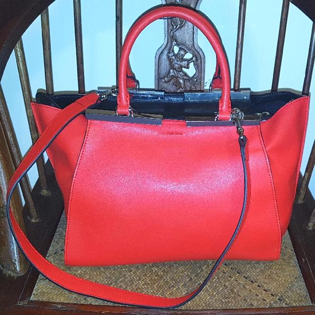 ✔⚠PRICE REDUCTION✔⚠ Fendi 3 Jours Leather Bag