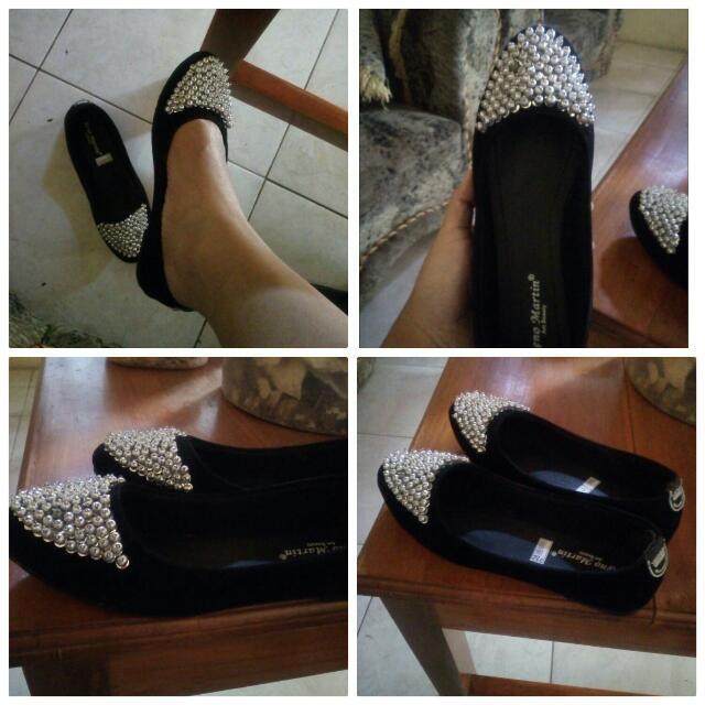 Flat Shoes Uk 38 Gede..  Kece Badai