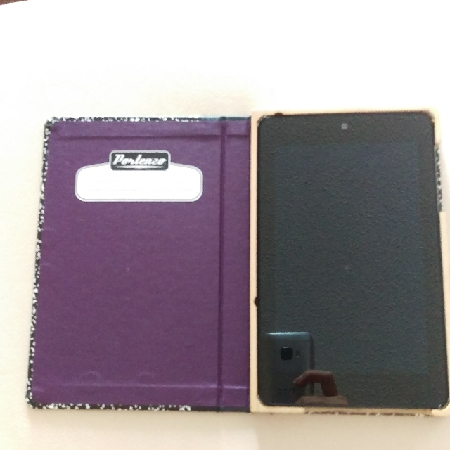 Google Nexus Tablet And Comes With Casing