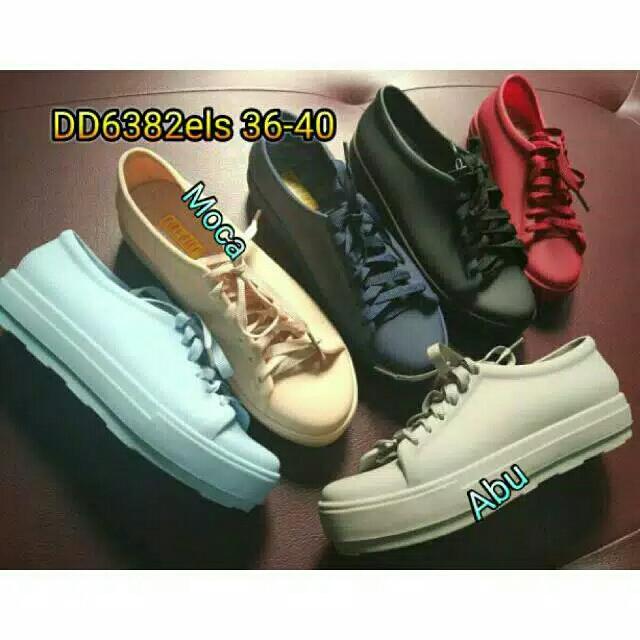 Jelly shoes wanita sepatu karet casual import 9850e77b6a