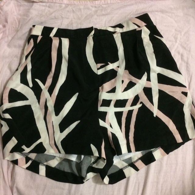 Kookai printed mini shorts