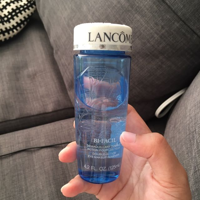 Lancôme eye make up remover