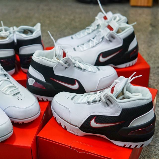 a27c756fa9b Lebron First Game Nike air zoom generation