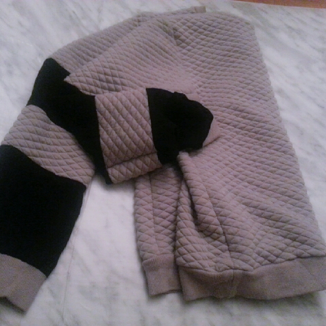 Mesh Selves Sweater (Medium)