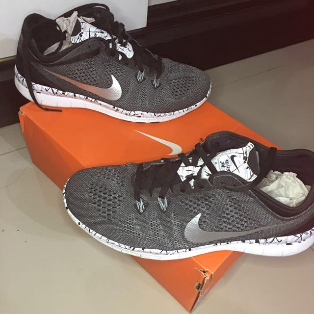 [NEW] Nike Free Run 5.0 Tr Fit Black/Marble Pattern