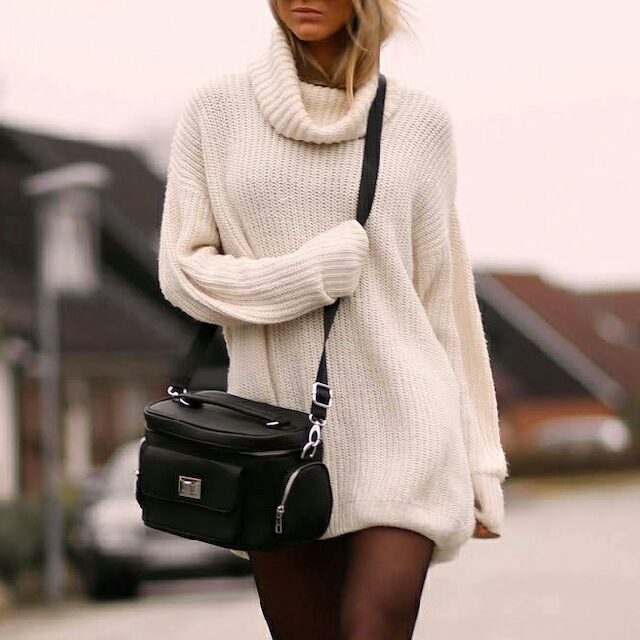 Oversized White Turtle Neck Wool Sweater