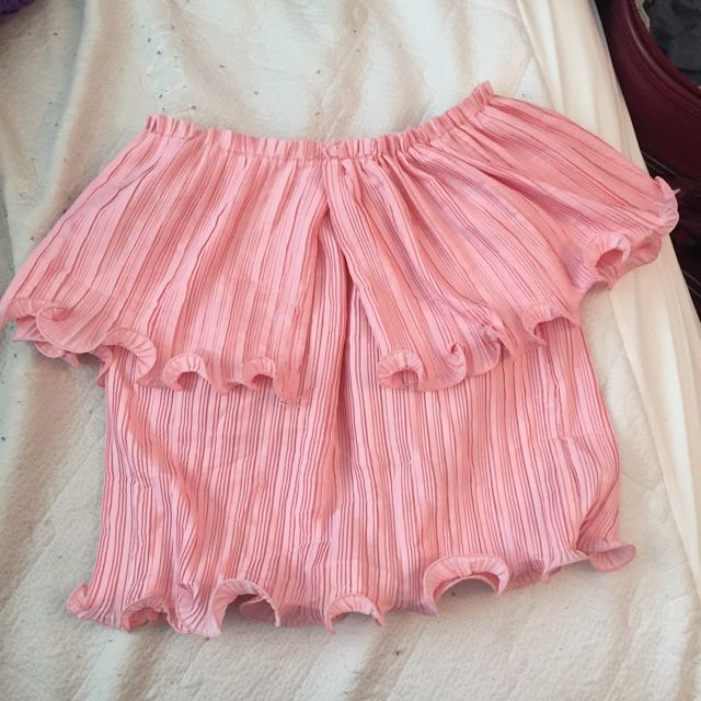 Pink off the shoulder top (small) brand new