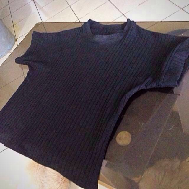 REPRICED!!!! Plain Black Knitted Blouse