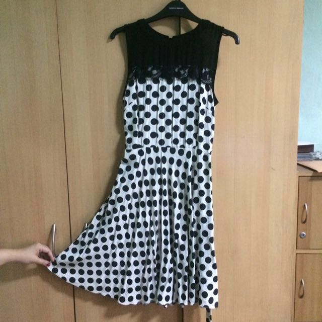Retro Polka Dotted Dress Dorothy Perkins