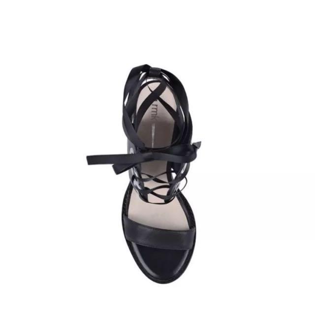 RMK Heels, New In Box Sz 40, 9