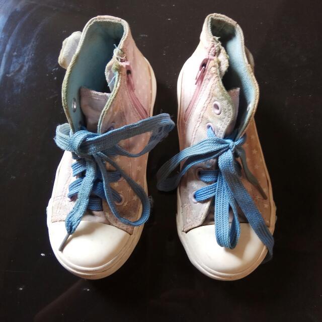 Sepatu Anak, Size 29 Baby Pink.