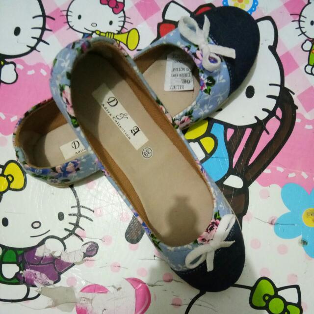 Sepatu Uk 39