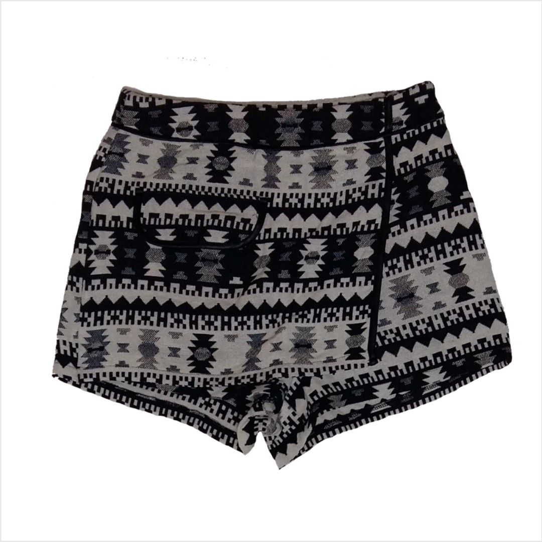 NEW Temt Origami Shorts