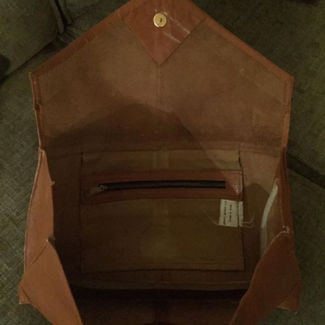Vintage leather clutch or pouch