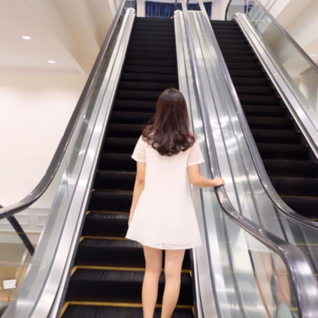 Whitee dress