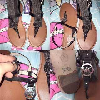 Michael Kors Sondro Logo thong sandal, Black