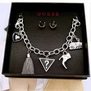 Stylish Guess Bracelet With Charms