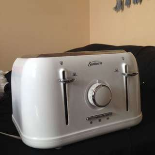 Sunbeam 4 Slice Toaster