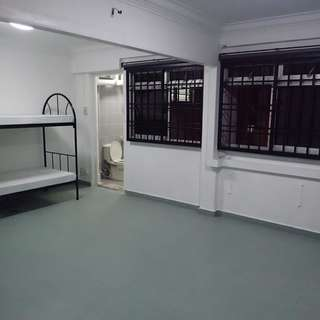Woodlands MRT - HUGE MASTER (2 rooms combined)