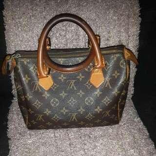 Louis Vuitton Speedy25