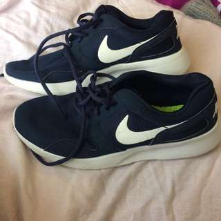 Nike navy blue kaishi sneakers