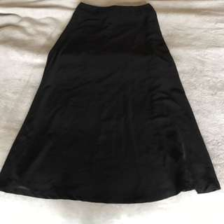 Black Skirt - dotti
