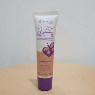 Rimmel London Stay Matte Liquid Mousse Foundation (201 Classic Beige)