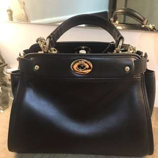 Coach small Carryall F33564