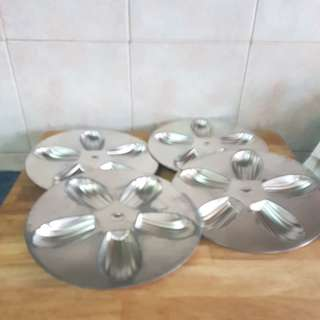 madeleine tin. aluminium baking tin