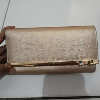 Dompet Gold