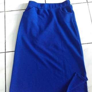 Skirt Midi Slit (Bisa Barter)